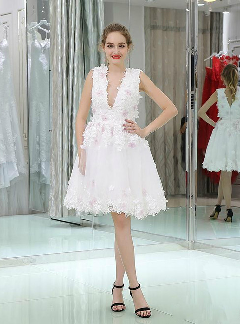 White V-neck Lace Backless Appliques Homecoming Dress