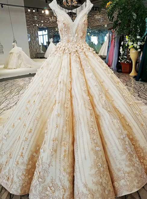 Luxury Ball Gown Champagne Backless Appliques Beading Haute Couture Wedding Dresses