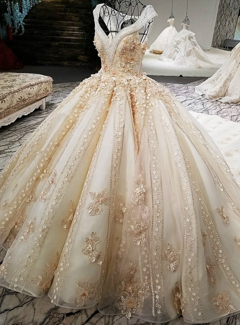 Luxury Ball Gown Champagne Backless Beading Flower Haute Couture Wedding Dresses