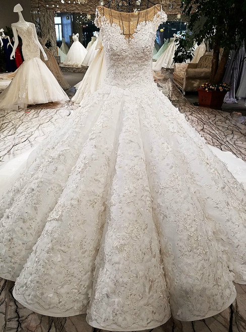 Luxury Ball Gown White Tulle Appliques Beading Haute Couture Wedding Dresses
