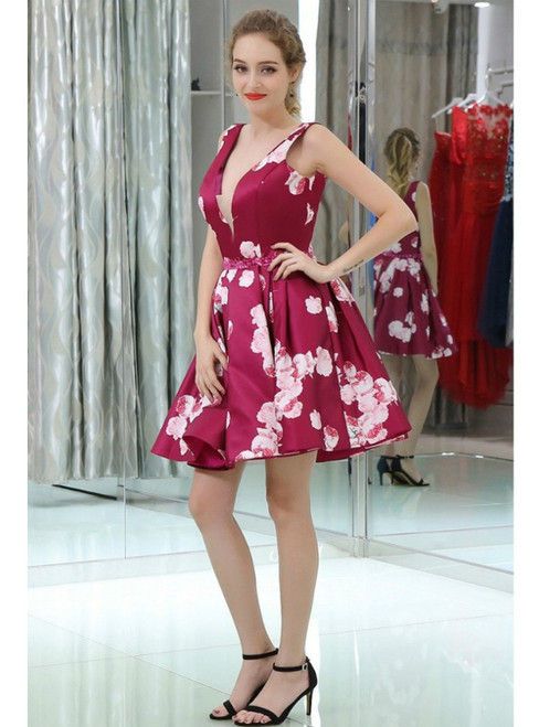 Burgundy Printed Floral Deep V Short Beaded Homecoming Dress
