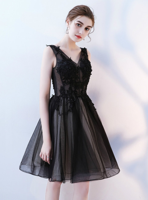 In Stock:Ship in 48 hours Black V-neck Tulle Homecoming Dress