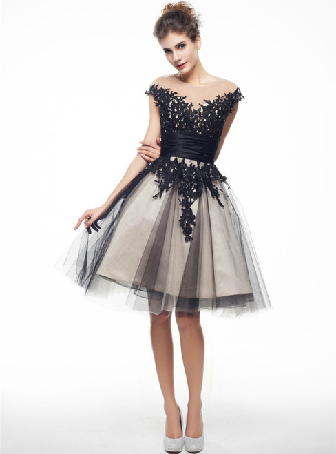 Black Tulle Lace Cap Sleeve Knee Length Homecoming Dress