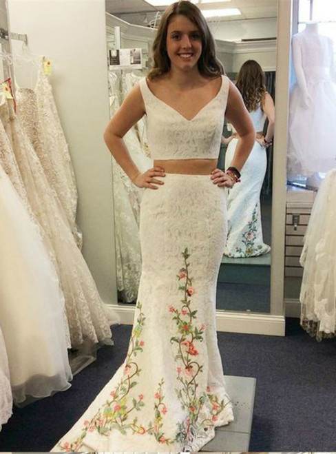 Mermaid White Lace Two Piece V-Neck Appliques Prom Dress