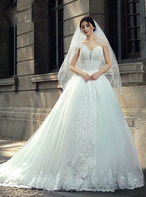 White Ball Gown Sweetheart Tulle Beading Appliques Wedding Dress