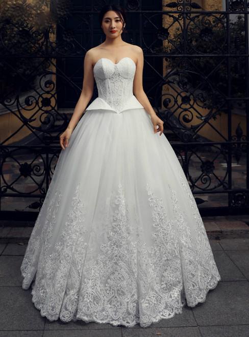 White Sweetheart Neck Corset Tulle Lace Floor Length Wedding Dress