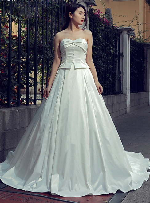 White Ball Gown Sweetheart Neck Satin Backless Wedding Dress