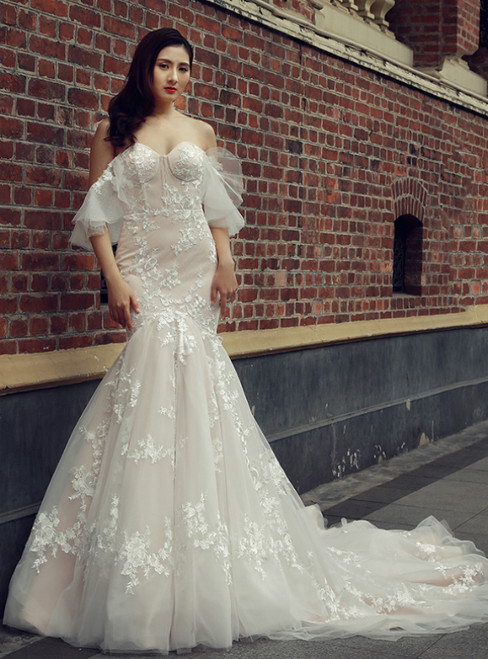 Champagne Mermaid Tulle Appliques Off The Shoulder Wedding Dress