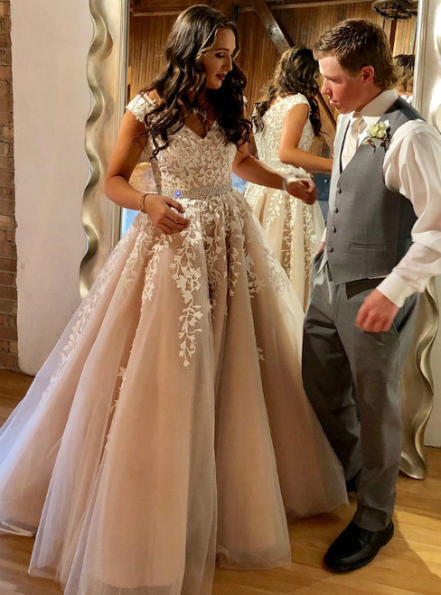 A Line Lace Appliqued V-neck Beaded Cap Sleeves Prom Dress