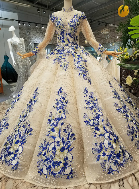 Ivory Ball Gown High Neck Long Sleeve Appliques Backless Wedding Dress