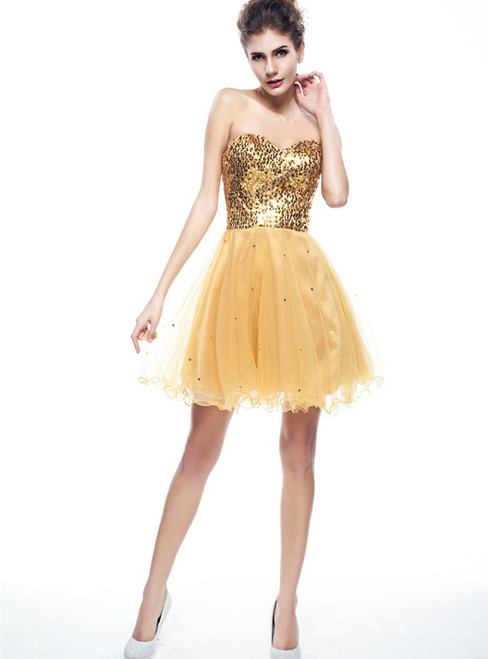 Champagne Tulle Sweetheart Neck Gold Sequins Short Homecoming Dress