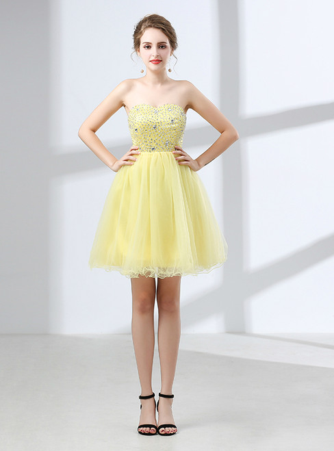 b642ed84e43 A-Line Yellow Tulle Sweetheart Neck Beading Homecoming Dress