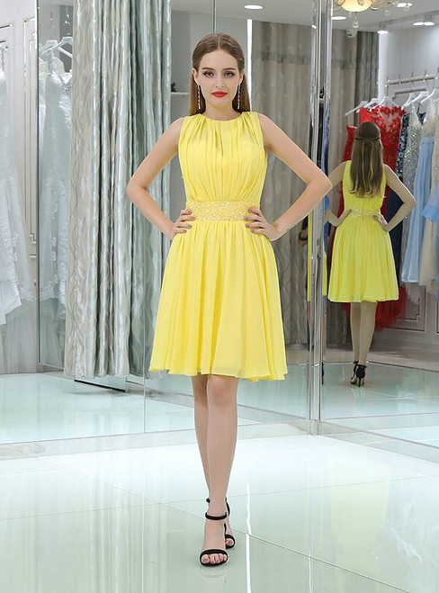 A-Line Yellow Chiffon Pleats Knee Length Homecoming Dress With Beading