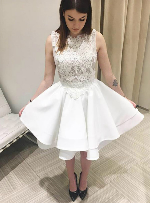 Tiered White Lace Applique Sweetheart Stain Homecoming Dresses