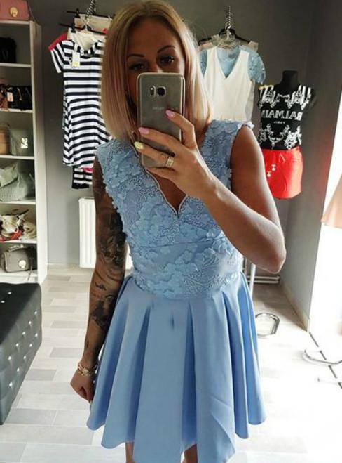 A-Line V-Neck Light Blue Appliques Short Homecoming Dress