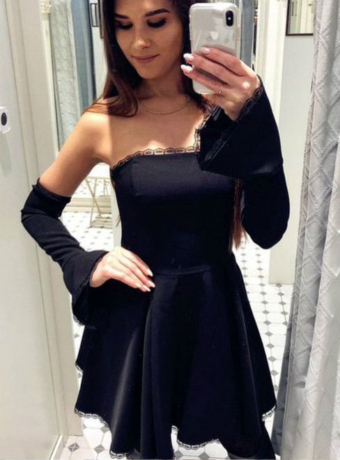 A-Line Detachable Flare Sleeves Strapless Black Short Homecoming Dress