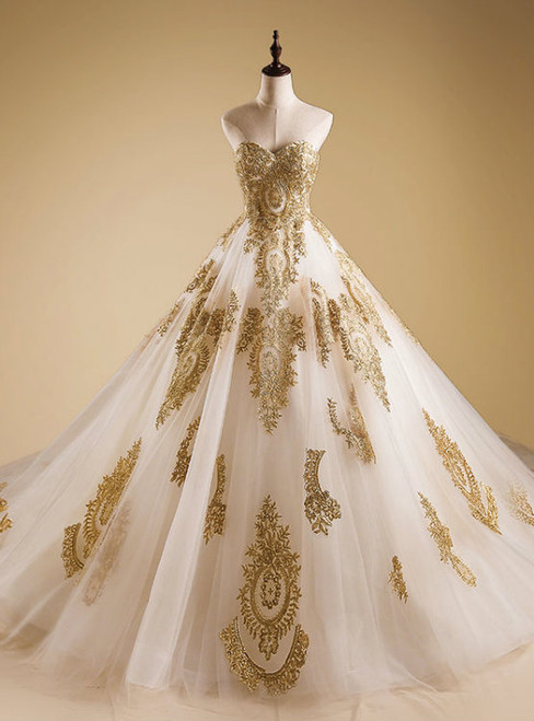 Stunning Gold Applique A Line Wedding Dresses Sweetheart Sweep