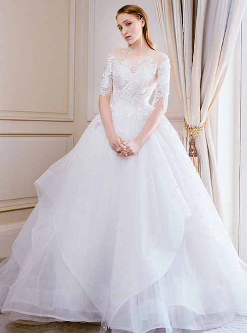 Champagne Tulle Appliques Short Sleeve Backless Wedding Dress With Long Train