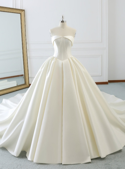 Ivory White Ball Gown Strapless Satin Wedding Dress With Long Train