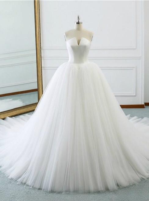 White Strapless Satin Tulle V-neck Wedding Dress With Train