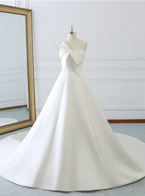 Ivory White Strapless Lotus Leaf Butterfly Satin Wedding Dress With Train