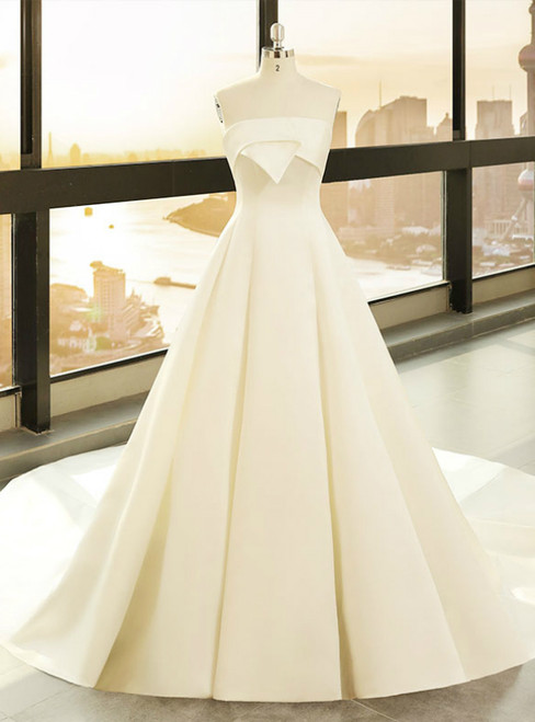 Simple White Satin Strapless Lotus Leaf Wedding Dress