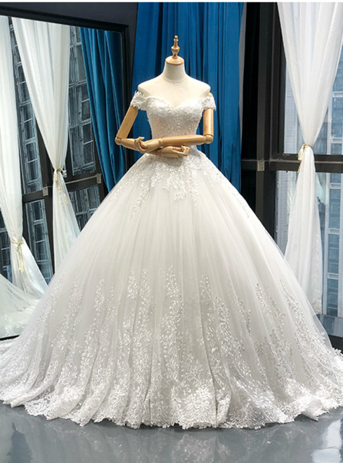 White Ball Gown Tulle Appliques Off The Shoulder Wedding Dress With Train