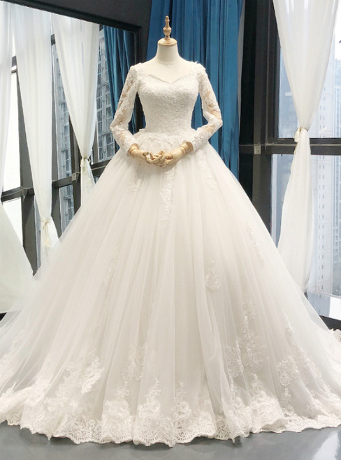 White V-neck Ball Gown Tulle Appliques Long Sleeve Wedding Dress