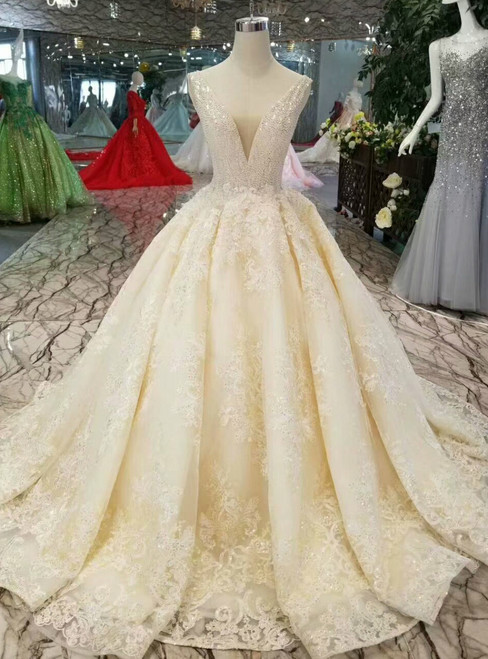 Light Champagne Lace Appliques V-neck Backless Wedding Dress With Beading