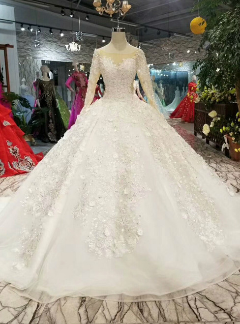 Light Champagne Tulle Appliques Long Sleeve Wedding Dress With Beading