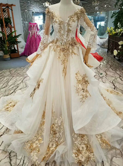 Ball Gown Lace Appliques See Through V-neck Long Sleeve Wedding Dress With Beading