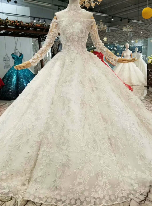 Ball Gown Tulle Appliques Off The Shoulder Long Sleeve Wedding Dress With Train