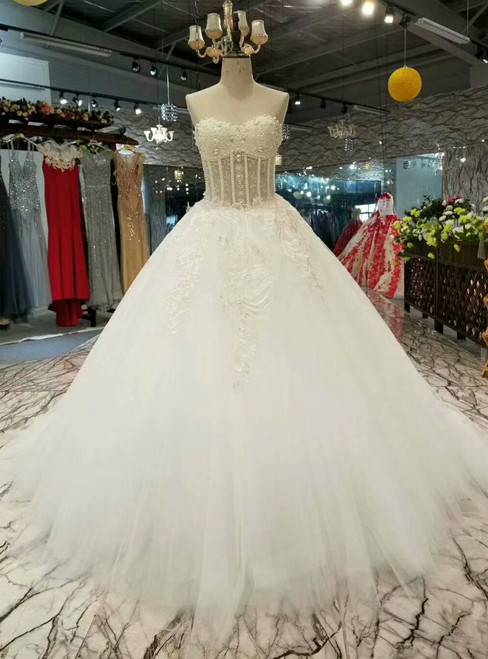 Ball Gown Tulle Sweetheart Appliques Wedding Dress With Pearls