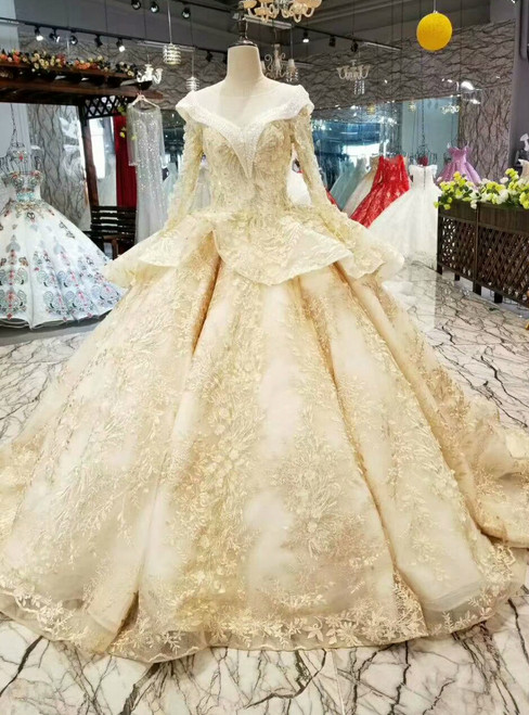 Champagne Tulle Lace Appliques Bateau Long Sleeve Wedding Dress With Beading