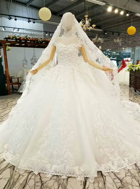 Ball Gown Tulle Appliques Bateau Cap Sleeve Wedding Dress With Beading