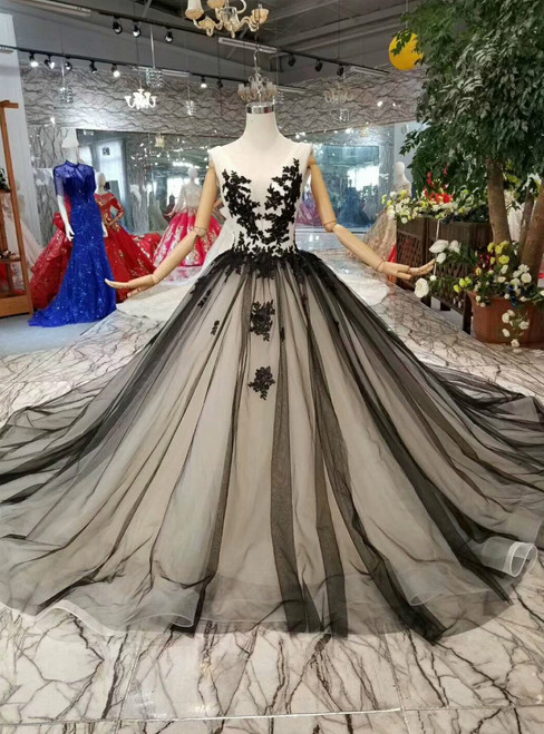 Black Ball Gown Tulle Bateau Backless Appliques Wedding Dress With Train