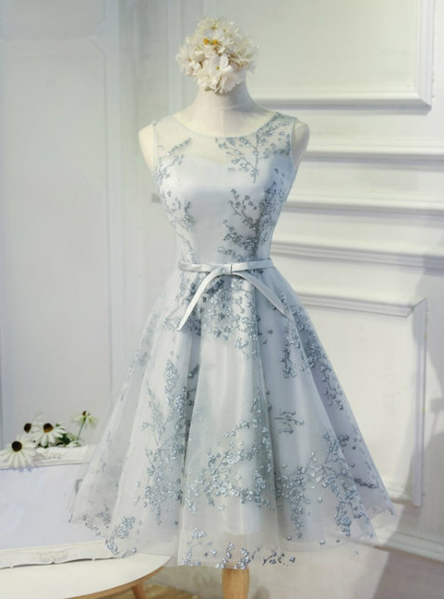 Elegant A-Line Scoop Sleeveless Open-Back Silver Tulle Short Homecoming Dress
