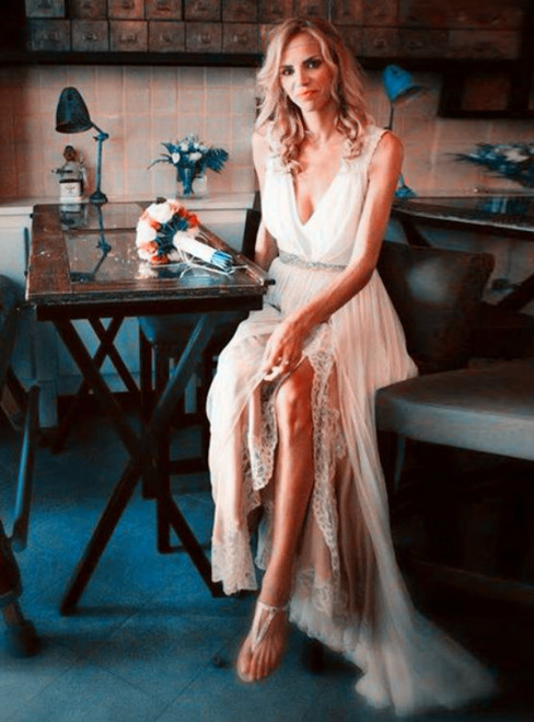 A-Line White Lace Appliques V-Neck Split Sweep Wedding Dress