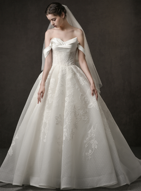 Ivory White Tulle Lace Appliques Off The Shoulder Wedding Dress