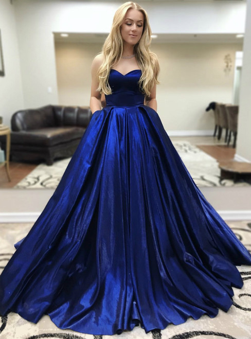 Royal Blue Satin Sweetheart Neck Pleats Prom Dresses With Pocket