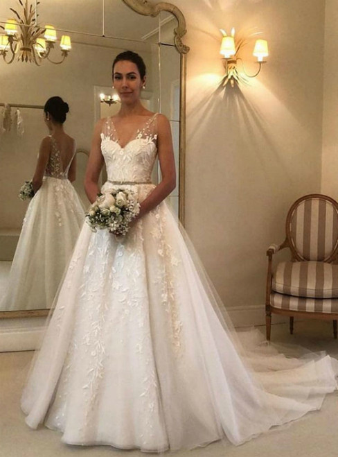 White V-neck Backless Tulle Embroidery Wedding Dresses Bridal Gowns