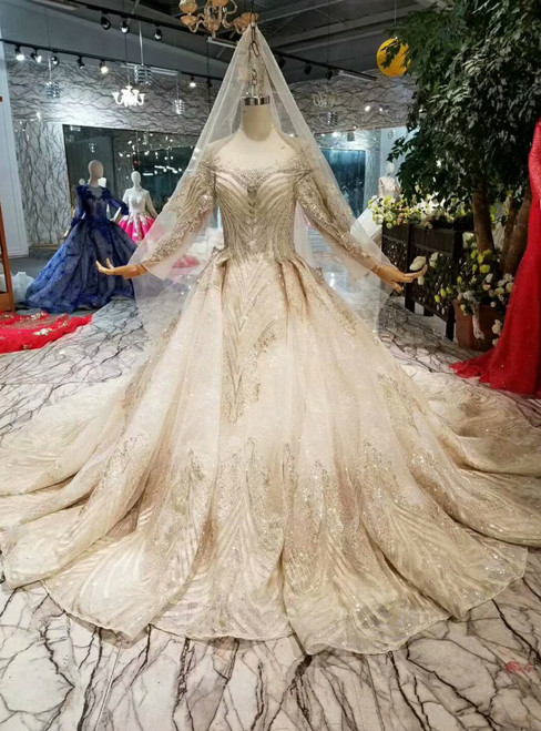 Luxury Champagne Tulle Sequins Bateau Long Sleeve Wedding Dress With Beading