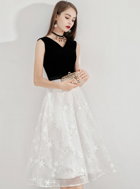 In Stock:Ship in 48 Hours White Lace V-neck Short Prom Dress
