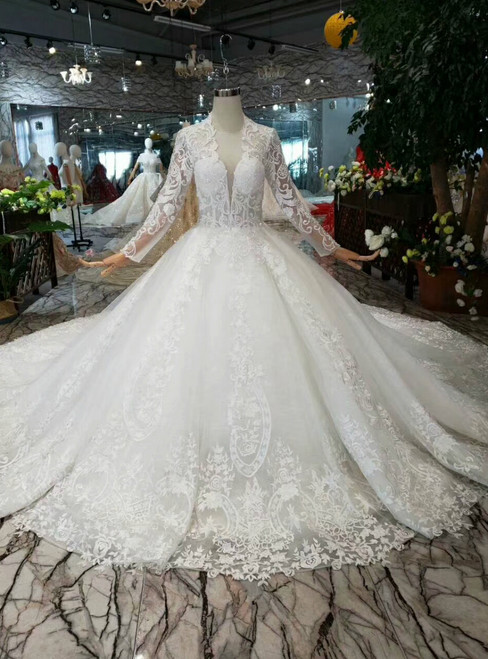 Ivory White Tulle Lace Appliques V-neck Long Sleeve Backless Wedding Dress