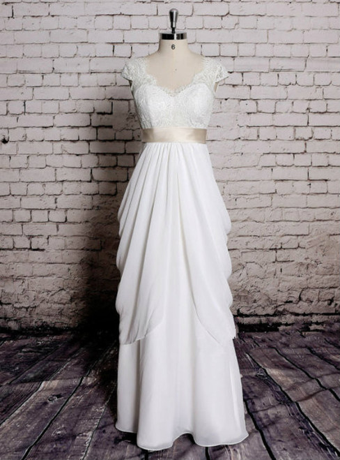 A-Line Classic Lace Bridal Gown Transparent Train Wedding Dress