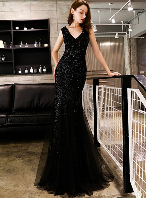 In Stock:Ship in 48 Hours Black Mermaid Sequins V-neck Prom Dress