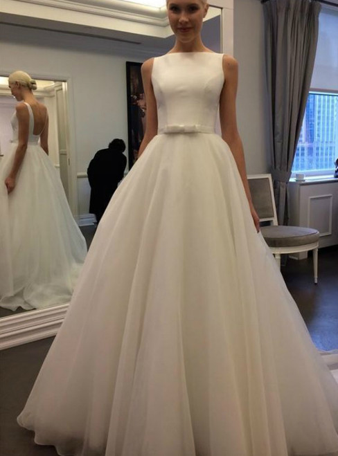 A-Line White Tulle Backless Sleeveless Wedding Dress With Bow