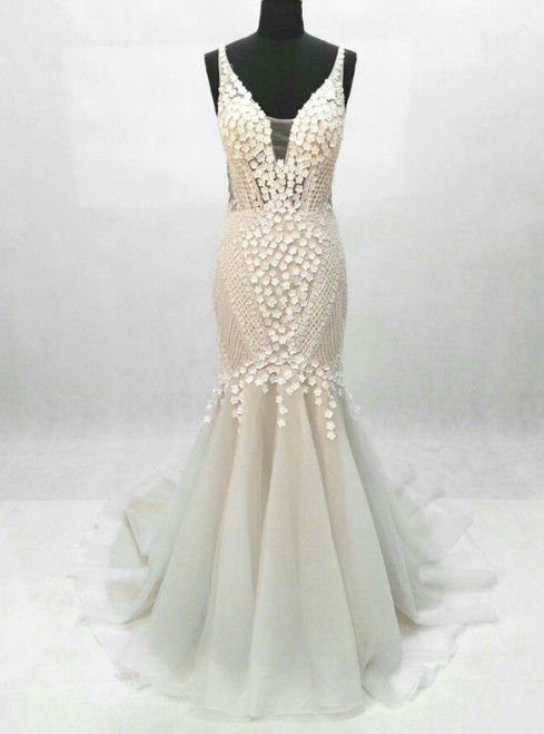 Elegant Mermaid Spaghetti Straps Backless Ivory Tulle Wedding Dress