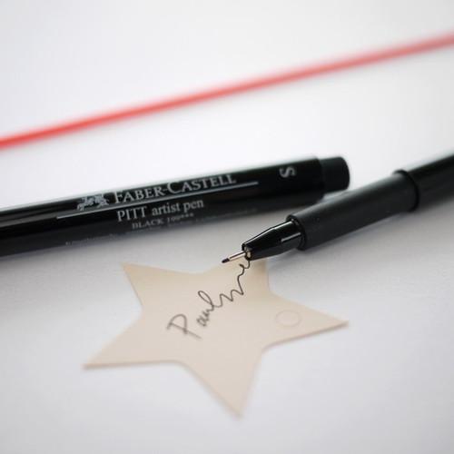 Feutre noir fin : Stylo à l'encre de Chine Pitt Artist Pen S Noir