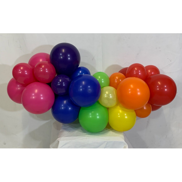 Balloon Garland Organic Price is by the meter, Minimum 2 meters - This item can't be purchased online - Please call to arrange delivery.